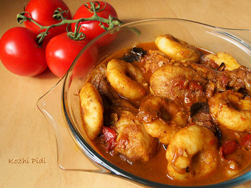 Kozhi Pidi – Chicken with Steamed Rice Dumplings