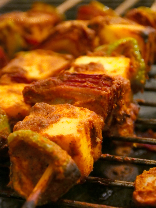 Paneer Tikka (Spicy Grilled Cottage Cheese)