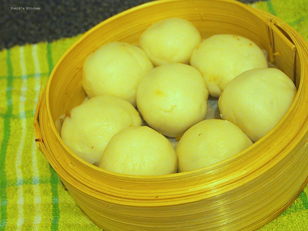 Kozhukatta/ Sweet Rice Dumplings