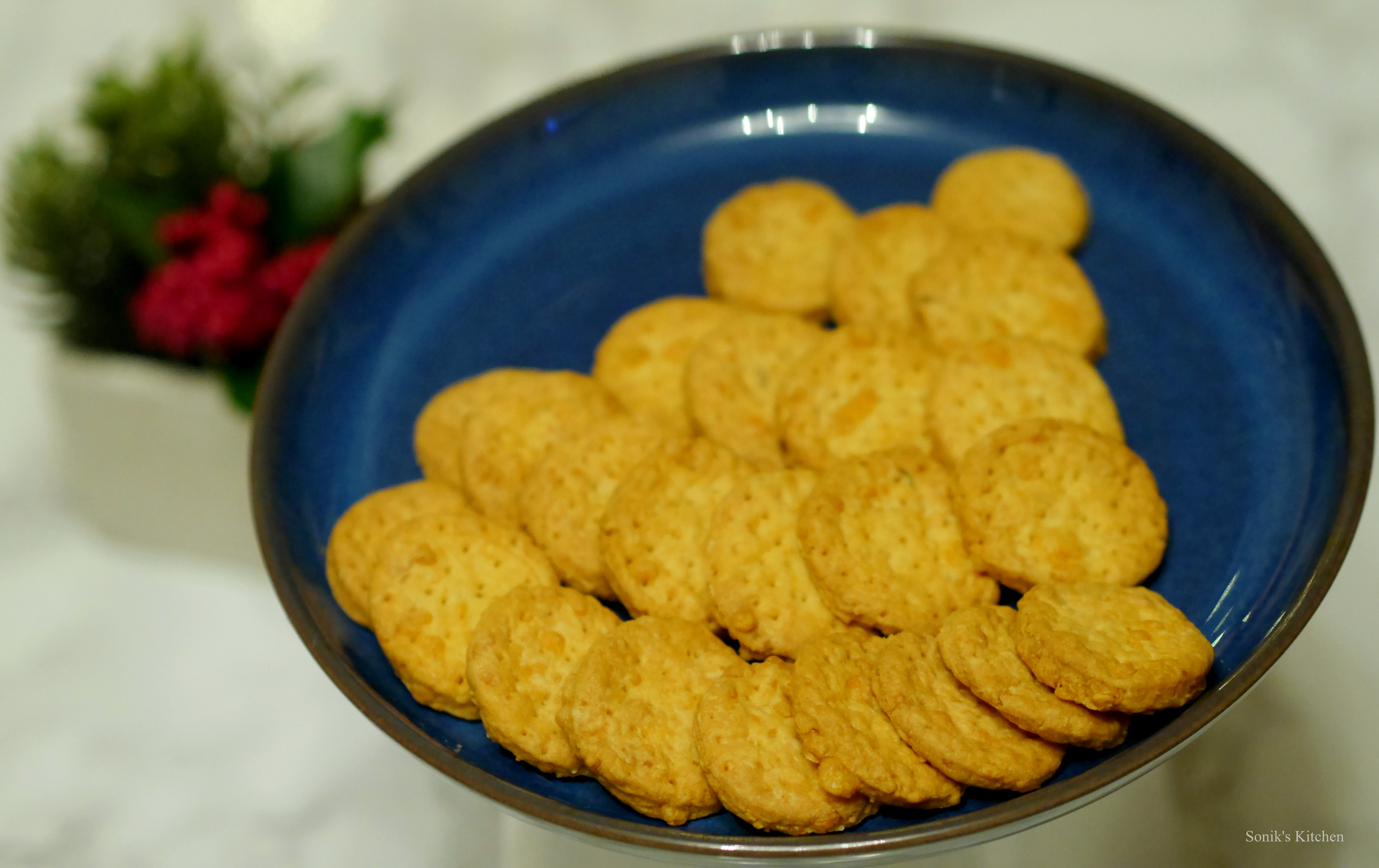 Mini Cheddars/ Cheese Biscuits